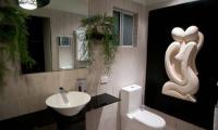 bathroom-laundry-pavys-glass-5.jpg